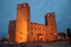 Fossano_Castello_degli_Acaja