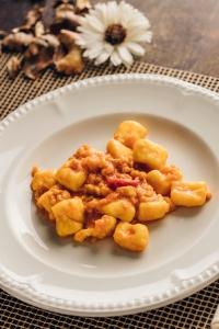 gnocchi di patate con croste di parmigiano_-chef alberto bettini_amerigo dal 1934