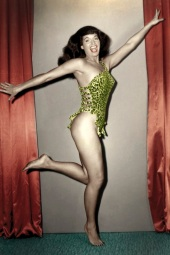 Happy years_Betty Page by Paula Klaw_Brescia Photo Festival 2019_alta