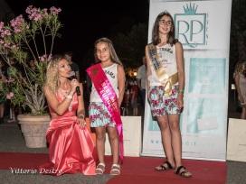 Roberta con giovani modelle