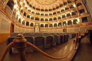 teatro lauro rossi macerata