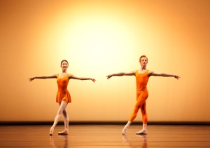 Yuhui Choe e Steven McRae in Concerto ©ROH Johan Persson 2010