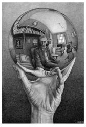 01_Mano con sfera riflettente