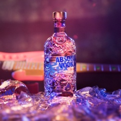 2_Absolut-Comeback_Bottle