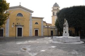 Chiesa-di-Avenza.