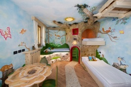 Italy-Family-Hotels-Family-Hotel-La-Grotta-di-Vigo-di-Fassa-5