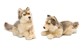 15.190.005 WWF Wolf 2 styles assorted - 25 cm - 12 pcs