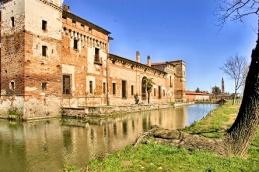 Castello di Padernello - Esterno - Foto di Virginio Gilberti (7)