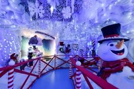 Villaggio di natale Flover_grotta dei pupazzi di neve3_b