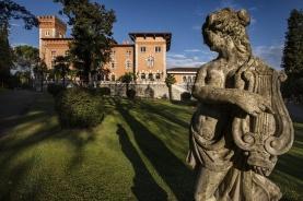2 Castello di Spessa