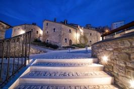 Castel del Giudice - Borgo di sera - Credit Emanuele Scocchera