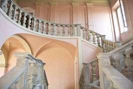 Villa-Caramello-Scalone-Castelli-del-Ducato