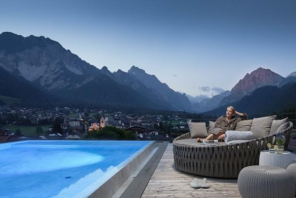 Trentino E Alto Adige Immergersi Tra Le Vette Nelle Piscine All Aperto Rp Fashion Glamour News